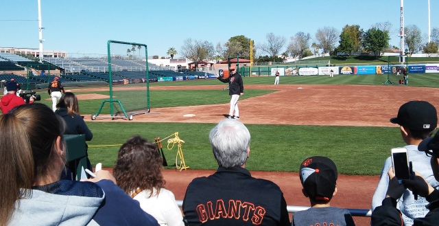 Bochy Saying Hi (Edit)